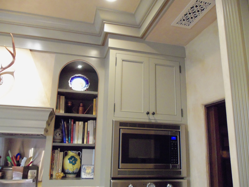 kitchen cabinets with farmers sink