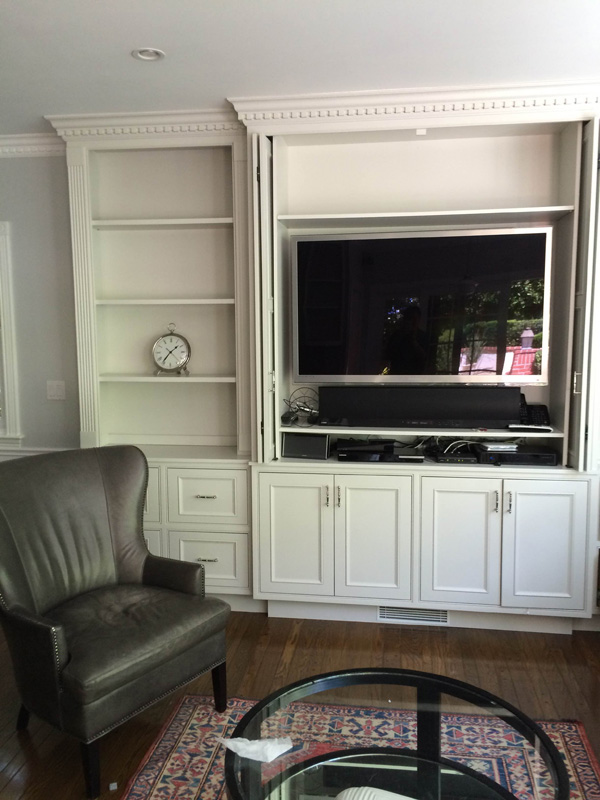 T.V. cabinet / bookcase Holmby Residence
