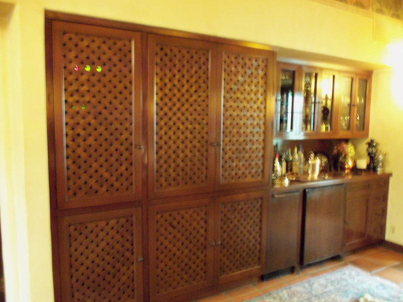 Woven Mahogany doors for wet bar & entertainment unit